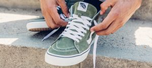 How To Lace Vans Sneakers (The Right Way)